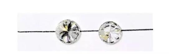 左为钻石,右为锆石