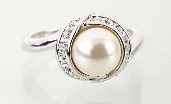 珍珠戒指要怎么保养 珍珠戒指保养指南