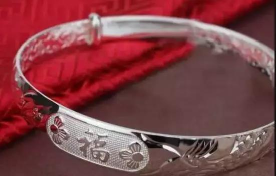 银首饰的优缺点,真假银饰怎么分辨【银饰真假辨别小窍门】