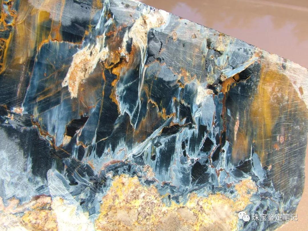 纳米比亚出产彼得石pietersite原石,黄色+蓝色+白色
