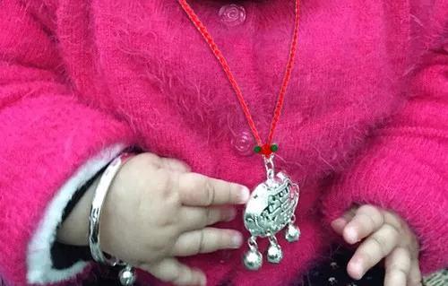 女人不同阶段适合佩戴的珠宝首饰
