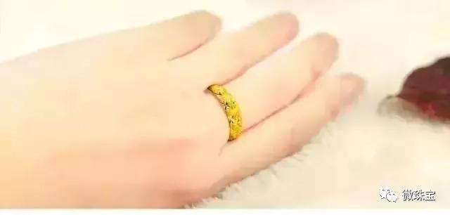 黄金保值,钻戒好看,结婚首饰要购买黄金还是钻戒呢?