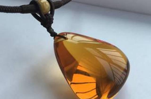 什么是缅甸金棕琥珀,你是否了解缅甸金棕琥珀价格