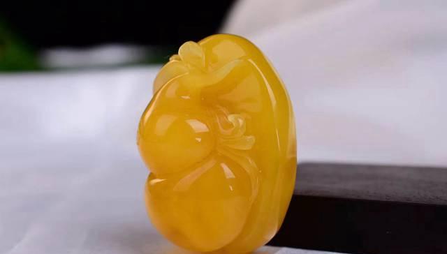 你了解蜜蜡琥珀的功效与作用吗?蜜蜡琥珀的功效与作用有哪些