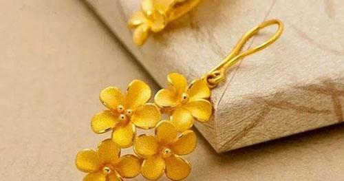 黄金饰品都需要哪些保养方法和注意事项?