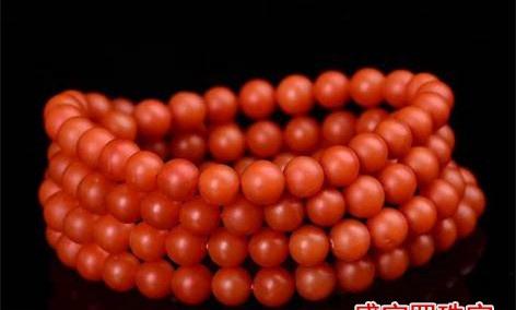 南红手串的功效与作用,佩戴南红手串的好处有哪些