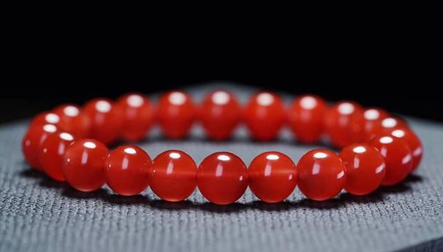 南红樱桃红,为何南红玛瑙樱桃红价格如此高