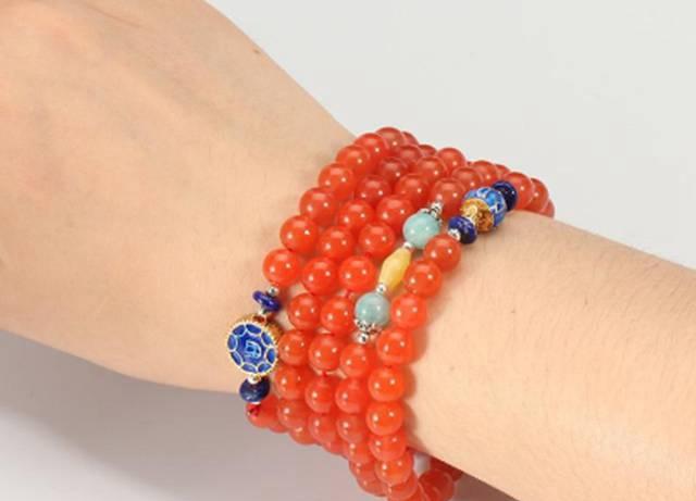 参考南红手链搭配图片,选自己最爱的南红玛瑙!
