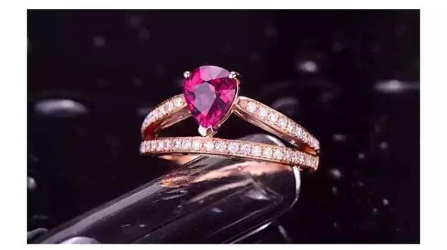 珠宝颜色和戒托颜色完美搭配实用指南-珠宝选购技巧