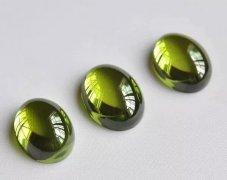 绿色橄榄石的寓意?橄榄石一克拉多少钱
