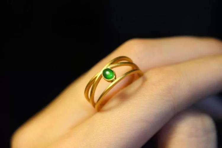 实体店购买珠宝,看珠宝时,需要注意什么?【购买须知】