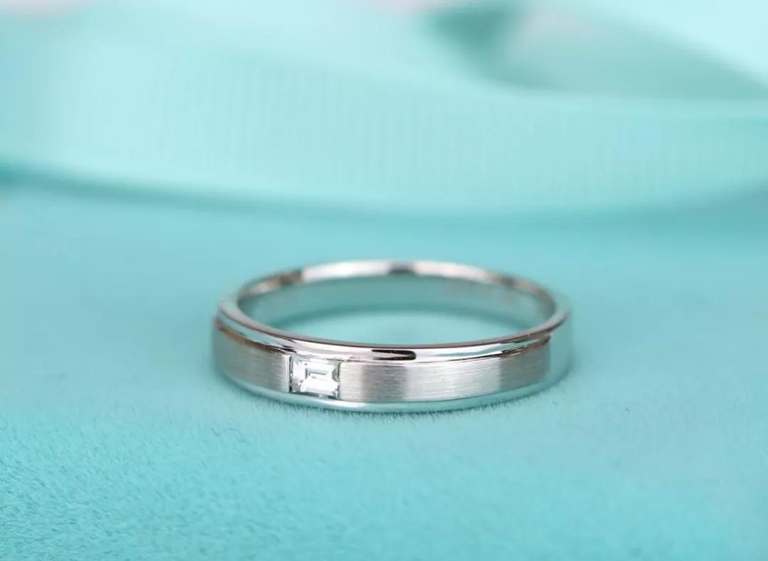 男生戴什么戒指有气质-男生戴戒指