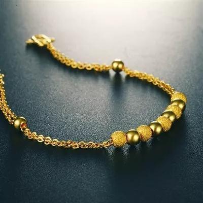 新买的黄金首饰,应该戴哪只手比较好?