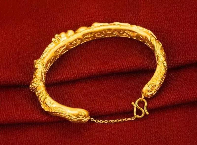 黄金手镯款式图片大全-经典好看黄金手镯图片