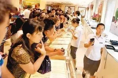 香港购买黄金首饰-香港的珠宝黄金真的好过深圳水贝吗?