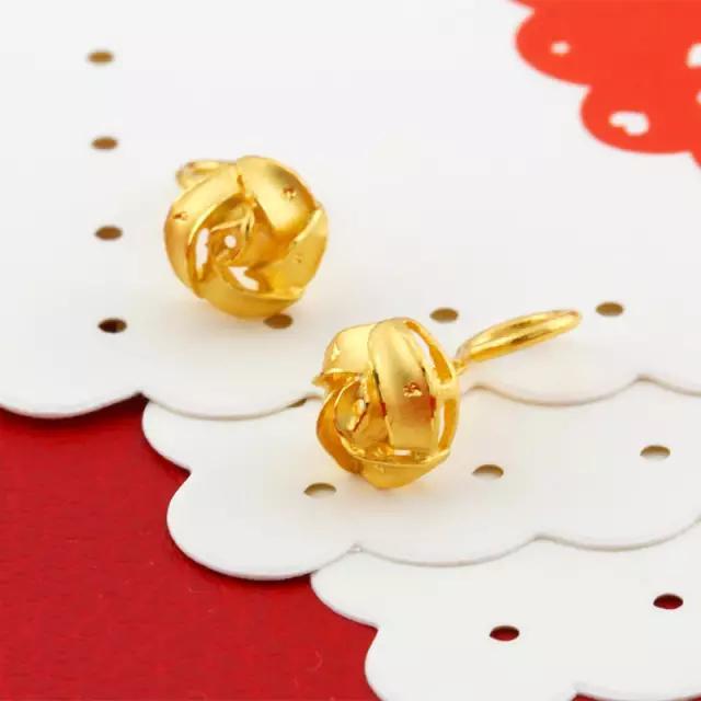 黄金耳钉断裂怎么办?有5种办法让你的首饰恢复原貌!