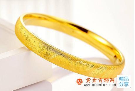 玉镯和黄金手镯哪个值得买?手镯买黄金还是玉的好?