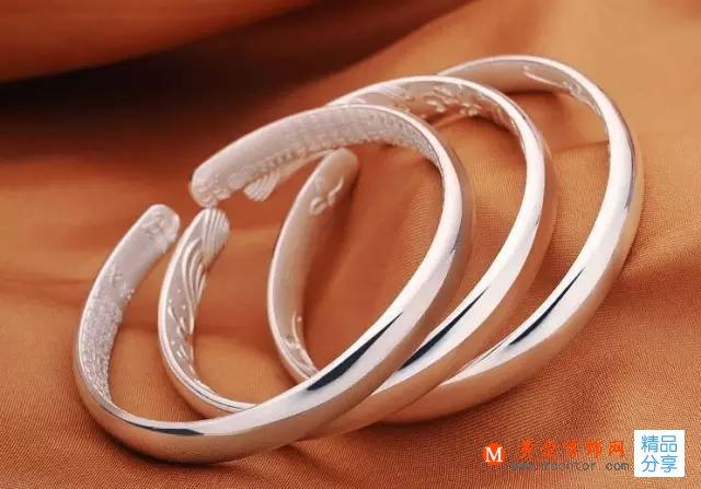 哪些人不适合戴银手镯,不是所有女人都能佩戴银手镯