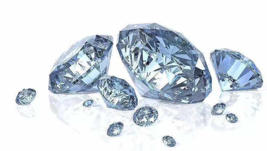 怎么鉴别珠宝的真假?网传这土方法,不要相信