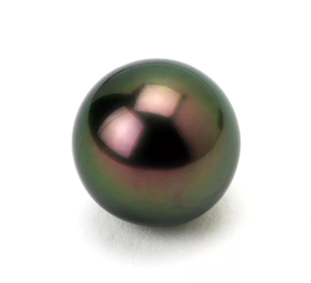 最美大溪地黑珍珠怎么挑?大溪地黑珍珠的选购技巧