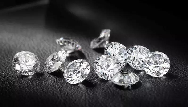 """""""碎钻不值钱,还卖那么贵""""碎钻的谣言也太多了"""