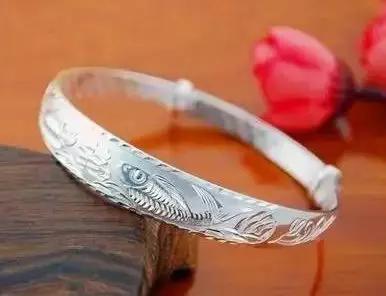 为什么男女都应该佩戴一件银饰在身上?这些知识你必须知道!