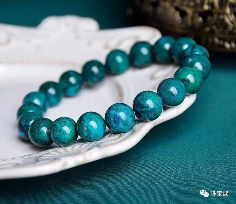 凤凰石哪种颜色好?凤凰石和孔雀石的区别