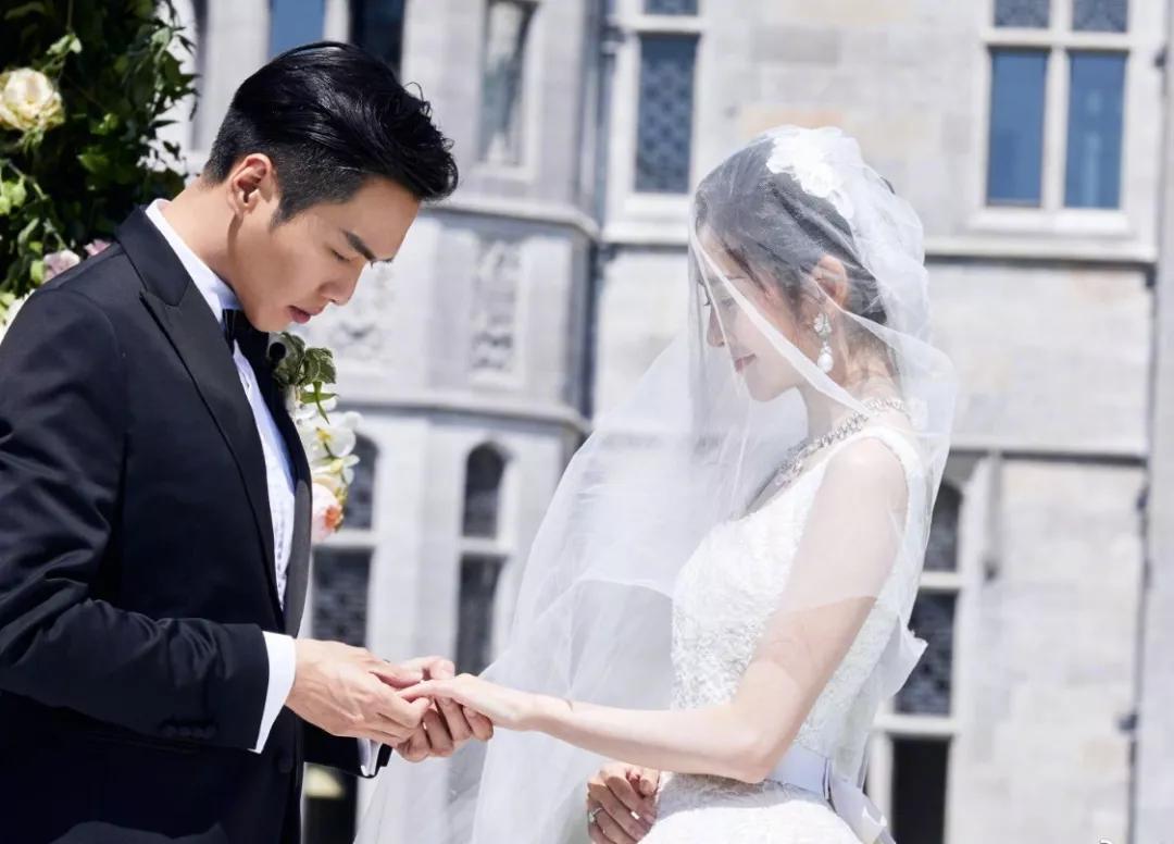 抛弃传统三金吧,新派婚嫁有三宝!