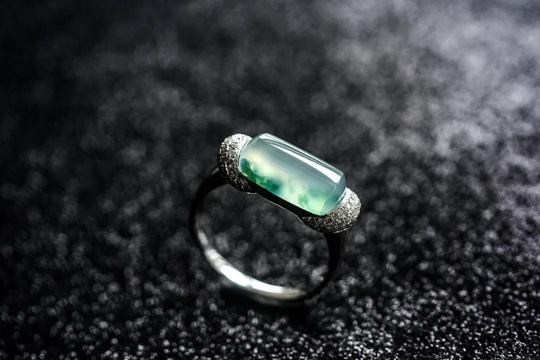 银镯不能戴左手?戒指不能叠戴?首饰佩戴禁忌大全,你戴对了吗?