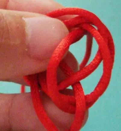 见红绳编织方法,图解清晰!