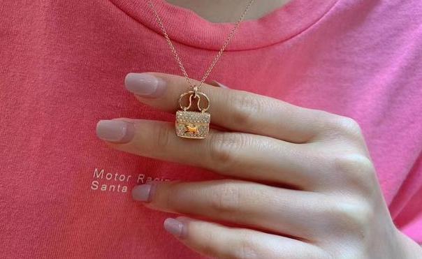 彩金项链的彩金是什么材质?