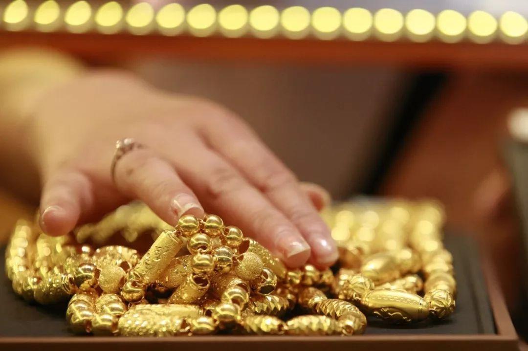 还在担心买到假黄金首饰?教你辨别黄金真假的5个方法