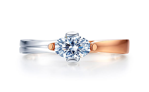黄金与铂金戒指的区别及影响铂金戒指费用的原因