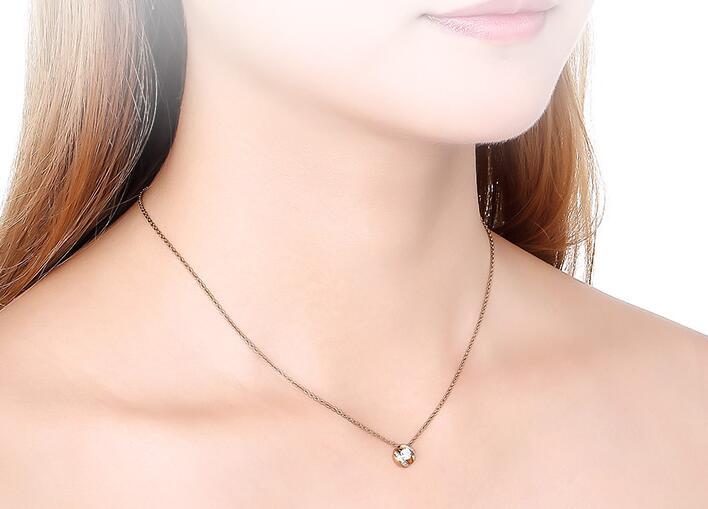 女生戴什么项链有气质,买什么材质的好?