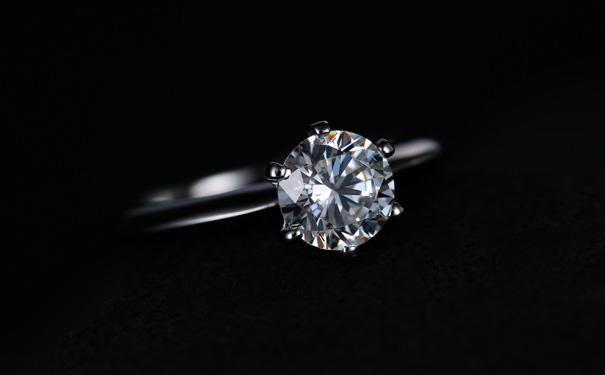 崇州钻石项链品牌哪个更好?