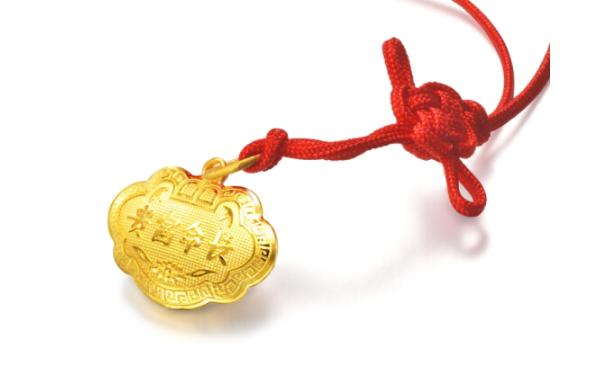 买黄金吊坠还是买玉吊坠比较好?