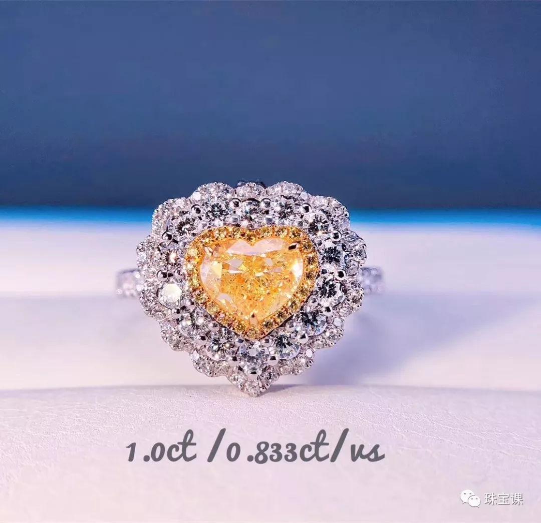 豆种翡翠戒指与钻石戒指的保养方法