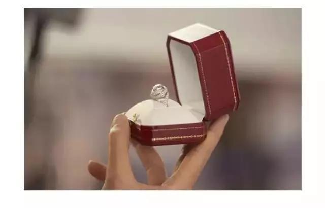 买钻戒会买到二手钻石吗