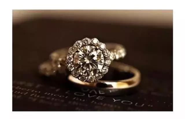 二手珠宝值不值得买?买钻戒会不会买到二手钻石?【解答】