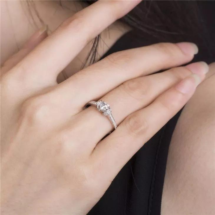 1分到50分钻石寓意-钻石30分和40分的寓意