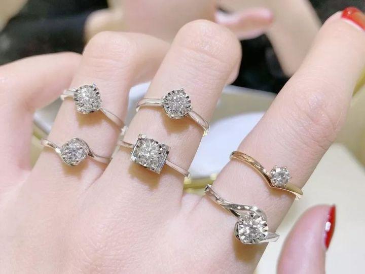 买钻戒珠宝,是大牌好还是定制好?