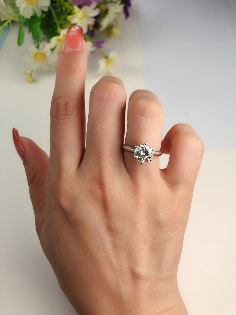 崇州结婚求婚钻戒选哪个牌子好?