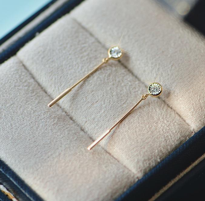 涨知识 | 钻石耳钉的挑选技巧和清洗方法