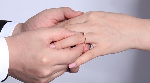 巴中定制结婚/求婚钻戒的流程!