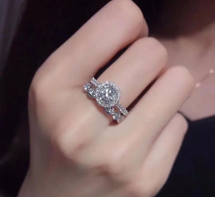 彭州订婚戒指多少钱?在哪儿购买?