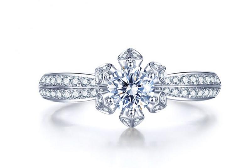 彭州一般普通的钻戒需要多少钱?如何挑选出性价比高的钻戒?
